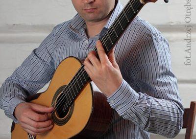 Paweł Kwaśny - muzyk, gitarzysta, manager, pedagog